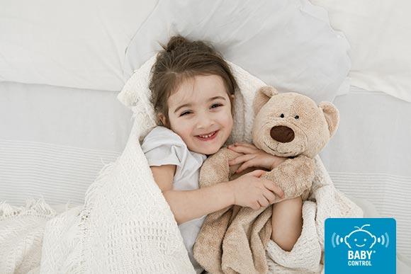 Los niños que disfrutan de un sueño de calidad son más felices. Te explicamos cuánto deberían dormir según la edad y qué podemos hacer para que propiciar el sueño.