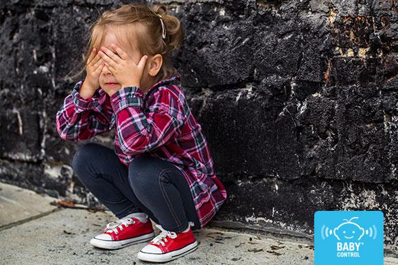 Los niños reaccionan ante el estrés de forma física y emocional, detectarlo es clave para ponerle remedio. Te contamos los síntomas y cómo les puede afectar.